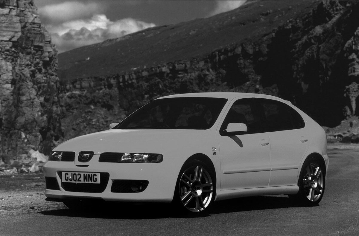 Picture for category Cupra R